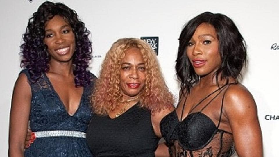 Oracene Price is flanked by her daughters Venus Williams and Serena Williams (extreme right). Oracene was a tennis coach and divorced her husband Richard Williams in 2002.