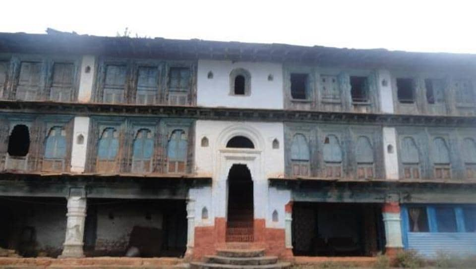 The Dwal Darbar was set up by the Pal Dynasty from where the erstwhile rulers governed the kingdom.
