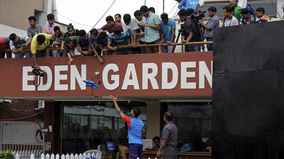 Virat Kohli interacted with the fans who were present at the stadium as both India and Australia cancelled their training sessions. (AP)