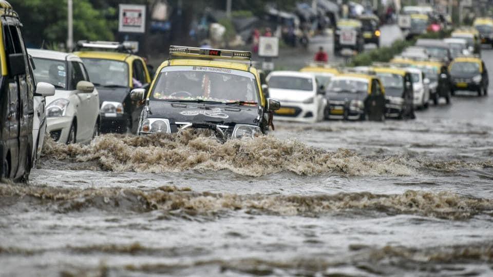 Mumbai news,mumbai rain,cyclone