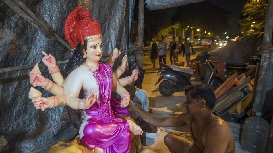 Prakash Parab at an idol making workshop in Byculla onMonday.