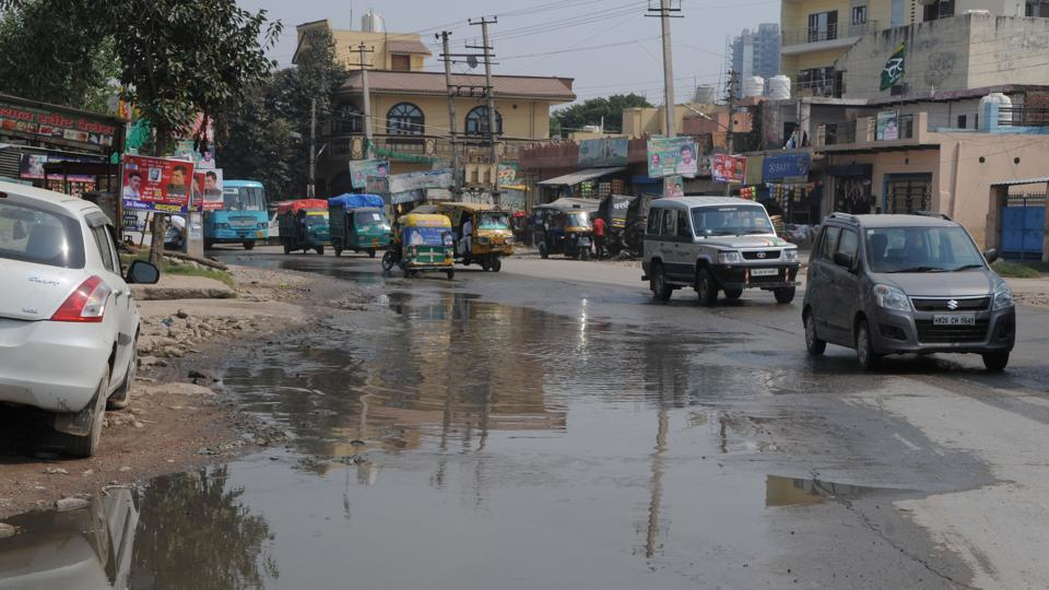 Among the biggest problems citizens face in these sectors are overflowing sewage and subsequent contamination of drinking water resulting in diseases.