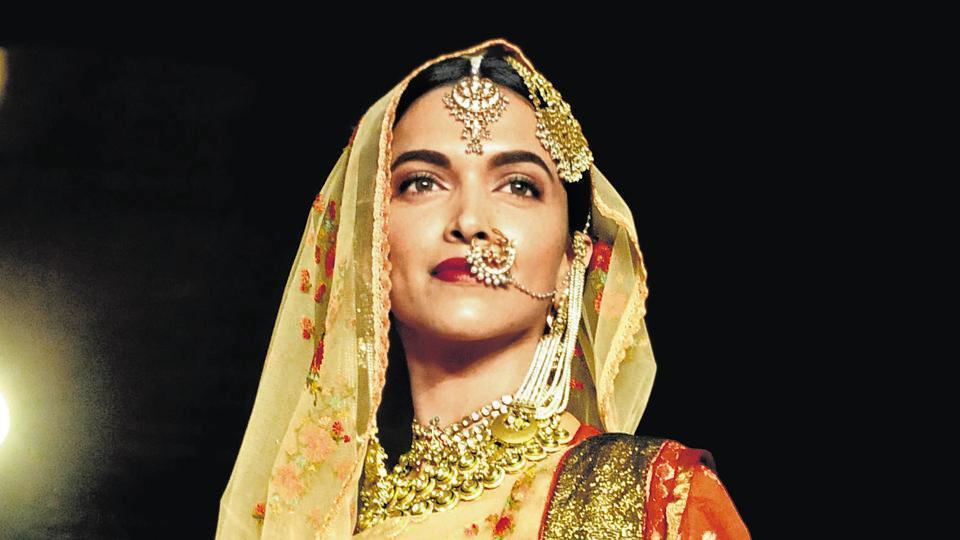 Deepika Padukone, who essayed the role of Mastani in Bhansali's Bajirao Mastani, will now don the titular role of Padmavati in his next.