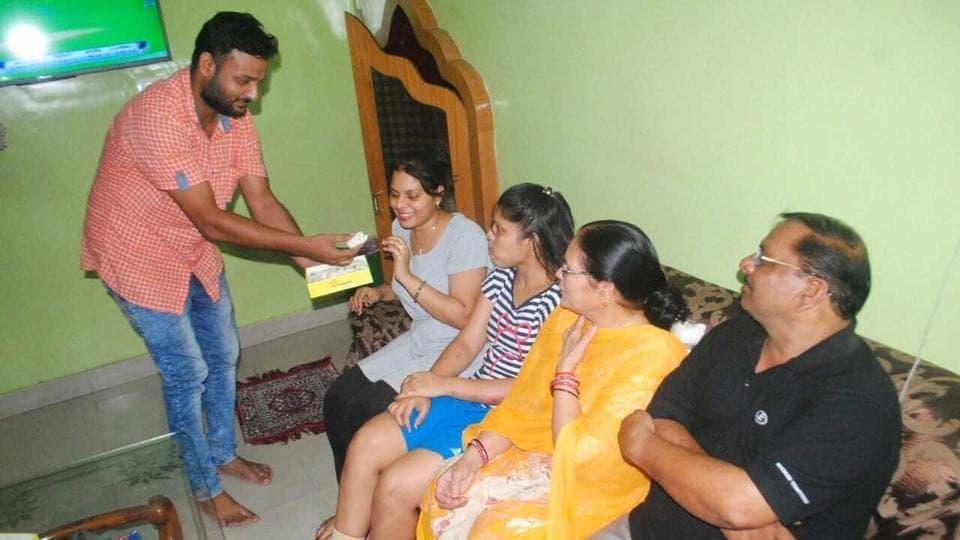 India vs Australia,Kuldeep Yadav,Kuldeep Yadav Mother