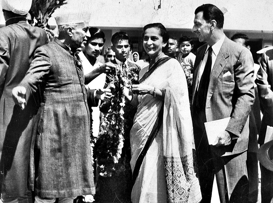 JRD Tata  (extreme right) with India's first Prime Minister Jawaharlal Nehru in Jamshedpur.