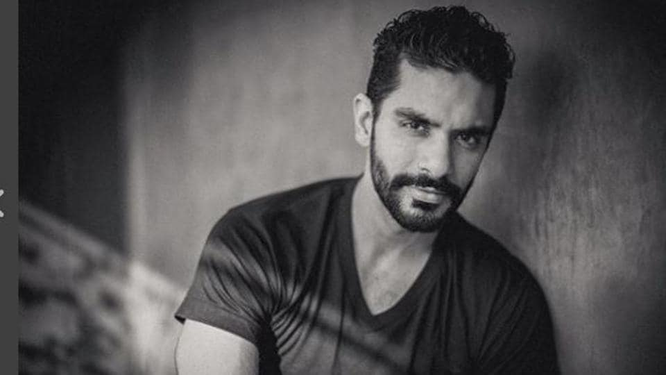Actor Angad Bedi watched a lot of Hollywood films and made sure he followed footsteps of his favourite action heroes in all his action scenes.