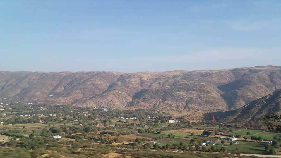 A view of Pushkar from the Savitri Temple