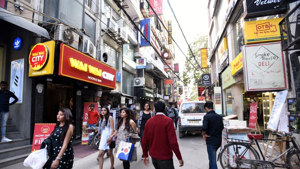 Officials said the permissions were mandatory for ensuring no water and air pollution. However, the 21 sealed establishments, most of which are takeaway joints according to the sub-divisional magistrate, didn't have the required permission.