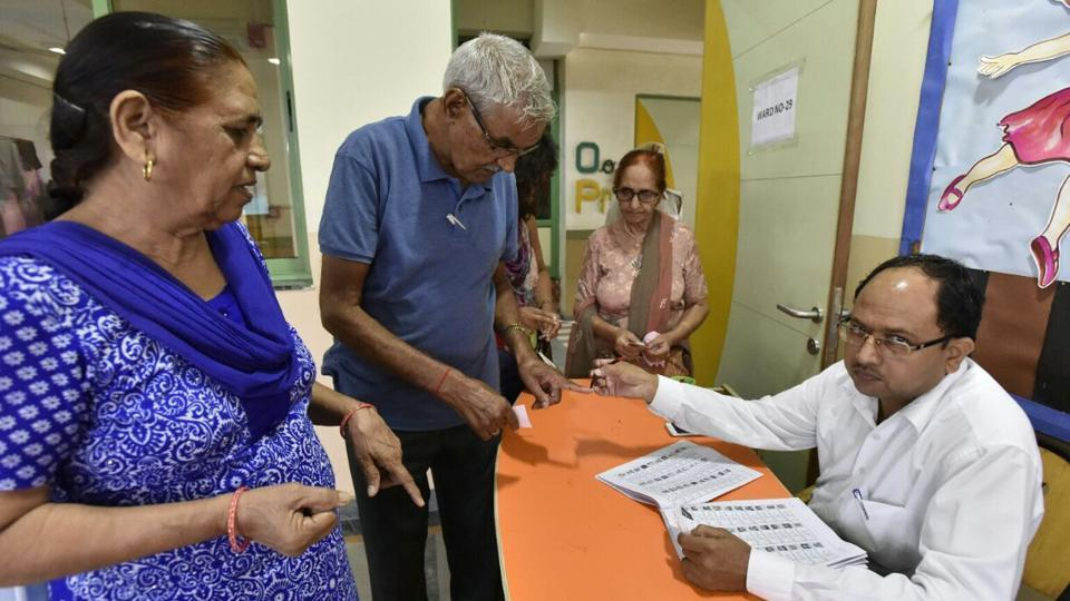 Avoter gets his finger inked to exercise his franchise in the Municipal Corporation of Gurugram (MCG) election at a polling booth in Gurgaon on Sunday.