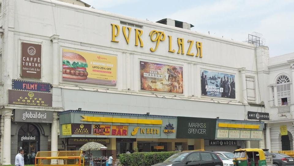 The Plaza Cinemas in Connaught Place was constructed in 1940 as one of the first cinema halls in Delhi. It gave way to PVR Plaza in May 2004 after 64 years of its existence. (Anmol Wahi/ HT FILE PHOTO)