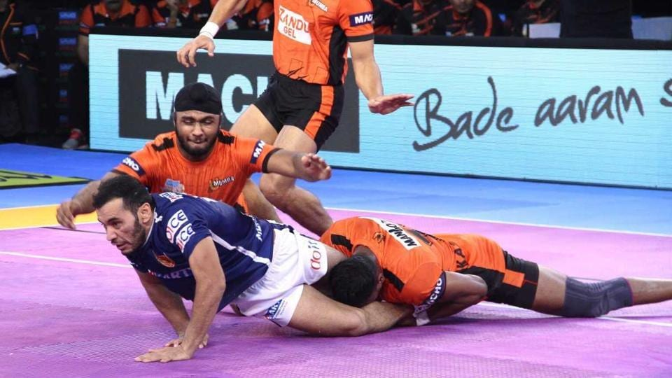 Haryana Steelers and Dabang Delhi players in action during their Pro Kabaddi League encounter.