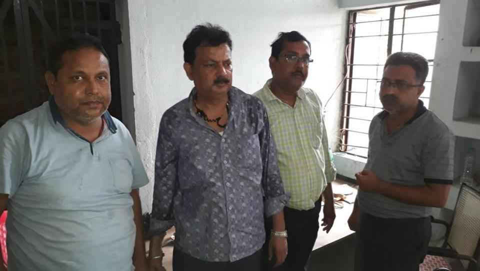 The persons who were arrested with liquor bottles in Purnia district of Bihar.