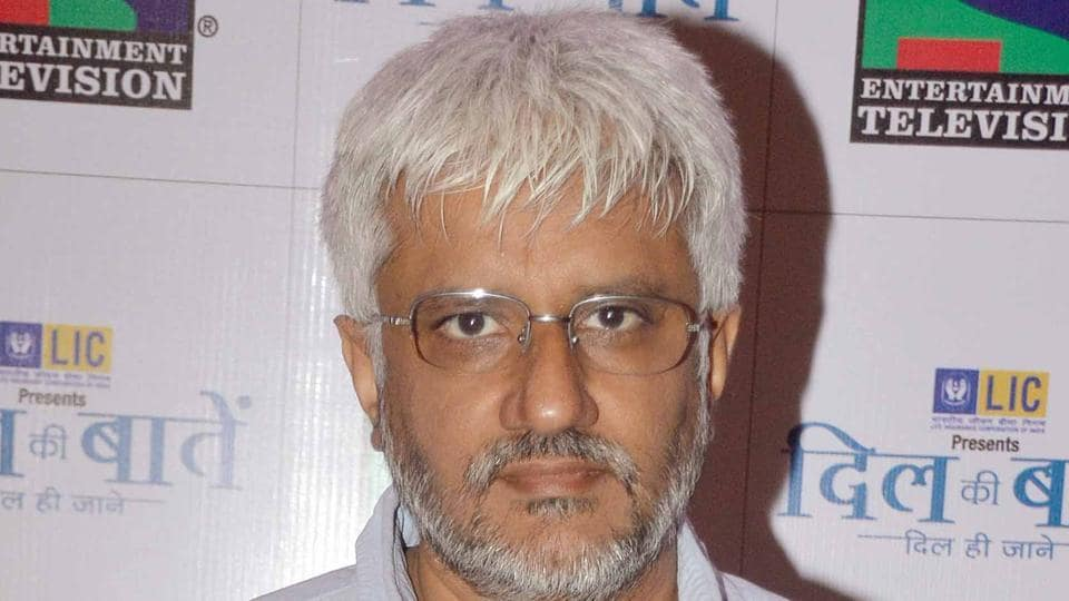 Director Vikram Bhatt reveals many people had told him not to make the horror film Raaz, which went on to become a hit.