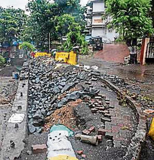 Zig Zag road at Pali Hill had caved-in on July.