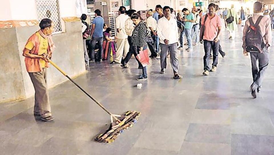 If the railway authorities fail to maintain cleanliness on stations and in the railway offices, official will face strict action.