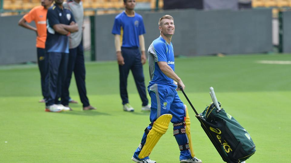 David Warner arrives for a practice session ahead of the fourth ODI of the ongoing India-Australia cricket series at the M. Chinnaswamy Stadium in Bangalore.  (AFP)