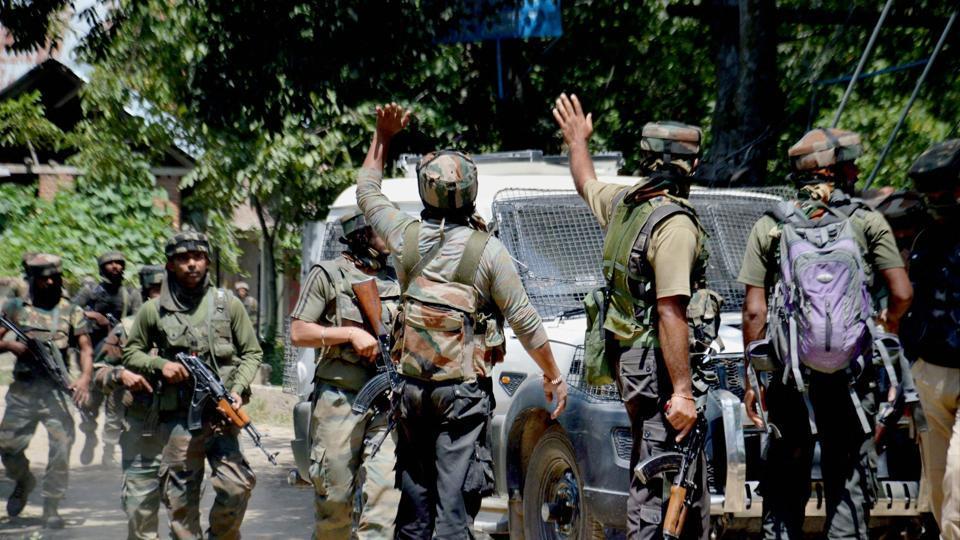 Kashmir,Infiltration bid,Hizbul Mujahideen