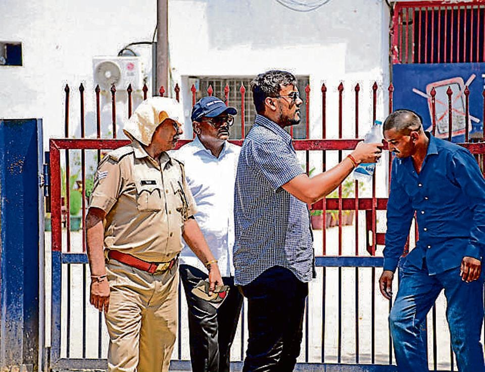 Former Noida chief engineer Yadav Singh (in blue cap), during a hearing at the court in Ghaziabad.