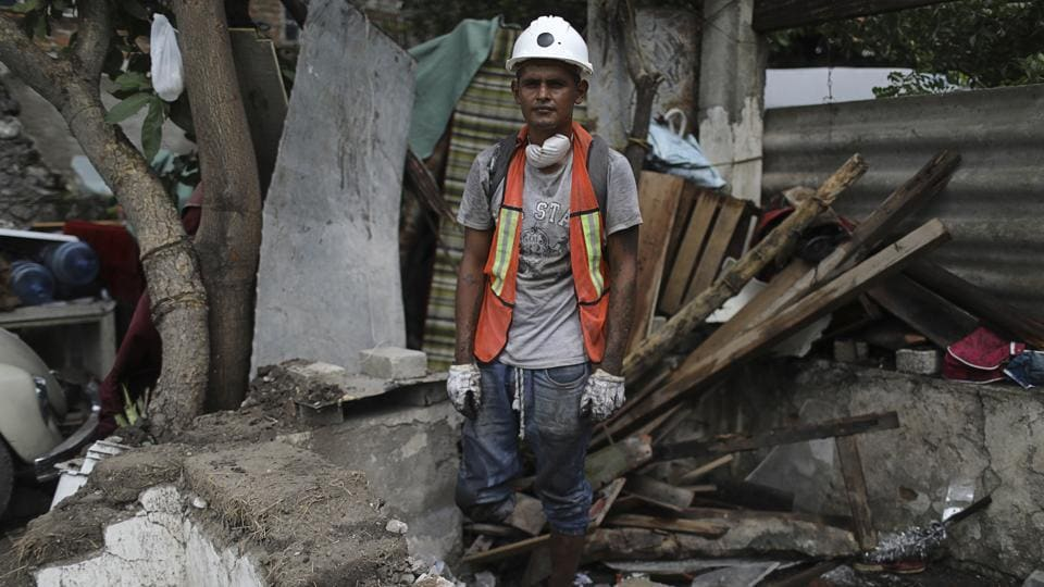 Mexico will search another three days beneath the rubble for possible survivors of the September 19 quake even though it is unlikely rescuers will find anyone alive, the country's chief of emergency services said on Monday. 'I can say that at this time it would be unlikely to find someone alive,' Luis Felipe Puente said in an interview, referring to 43 missing people being sought at four disaster sites in Mexico City. (Miguel Tovar / AP)