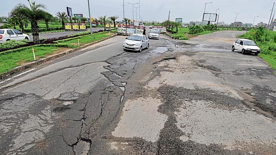 Built at a cost of Rs 15 crore, the Airport Road has become virtually non-motorable in two years.