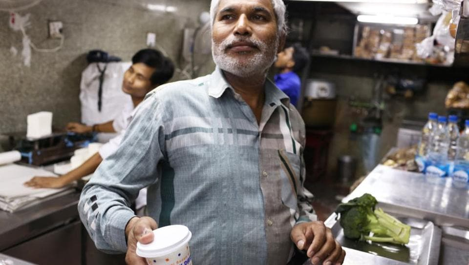 For the past 20 years or so, Shyam has been preparing the Badaam Milk every morning  right inside Quality Dairy & Paneer Bhandar.