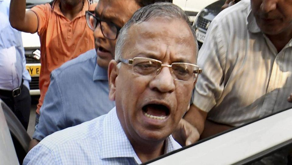 BHU vice- chancellor Girish Chandra Tripathi talks to the media after a meeting at IIC in New Delhi on Tuesday.
