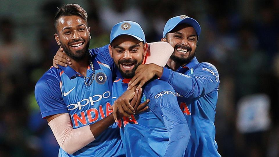 Live streaming of all matches of the India vs Australia series will be available online. Riding on David Warner's ton and a solid show from bowlers, Australia beat India by 21 runs in the fourth ODI in Bangalore.