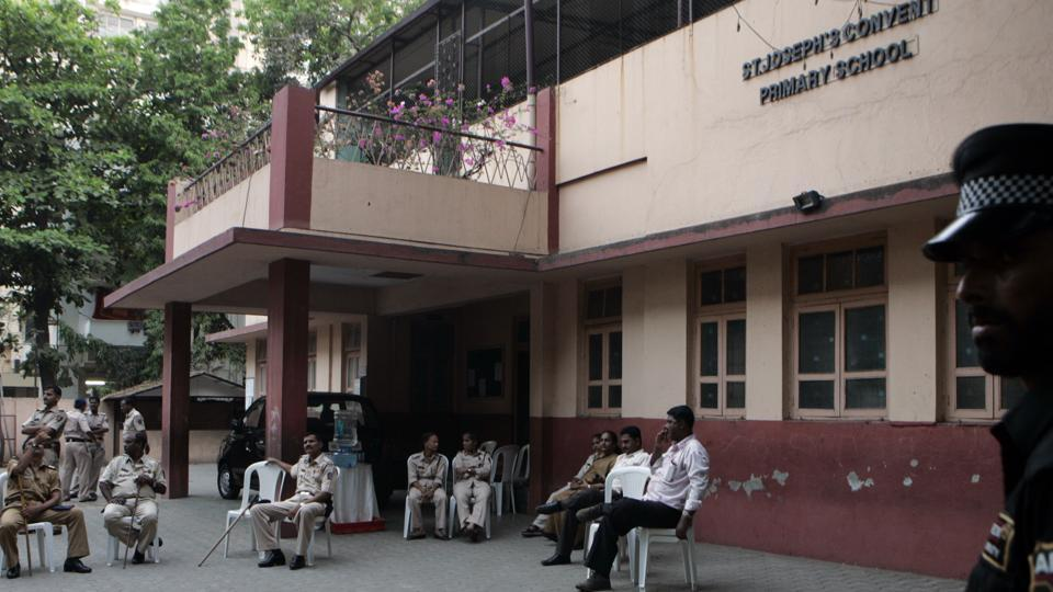 St Joseph School, Bandra is offering IGCSE curriculum to Class 8 and Class 9 students.
