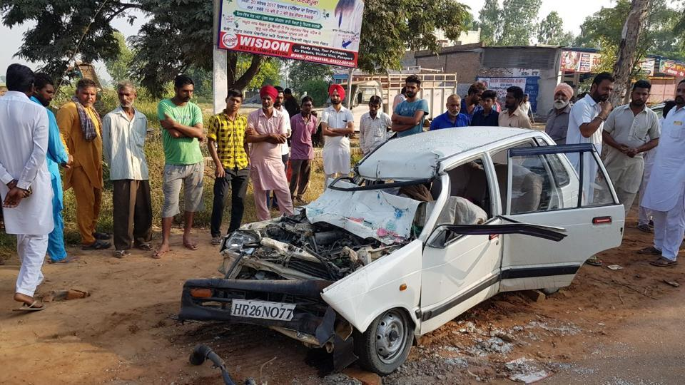 The deceased were coming from Malerkotla after attending a religious gathering when the mishap took place.