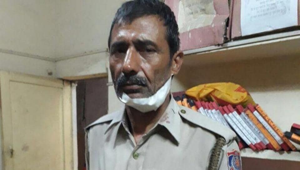 constable Mukesh Kumar Hooda caught one of the robbers even as the three tried to overpower and stab him.