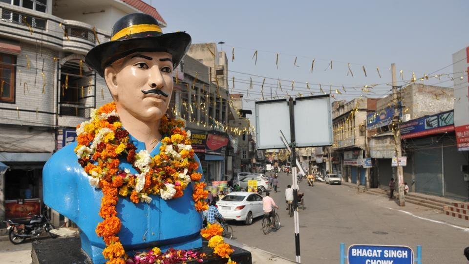 A statue of Bhagat Singh in Jalandhar.