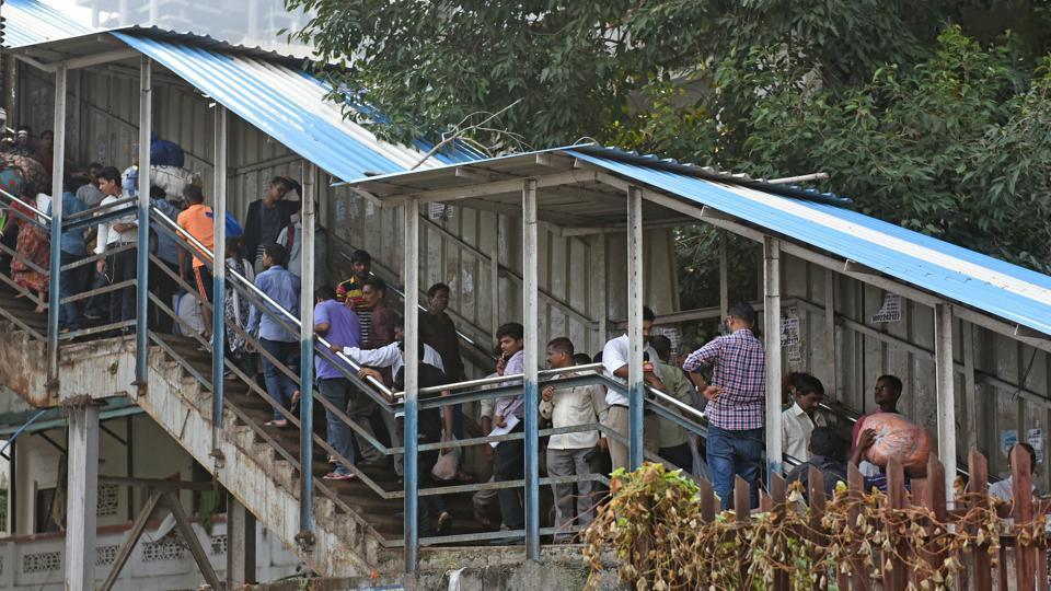 Mumbai stampede,Mumbai stampede victim,Elphinstone Road railway station