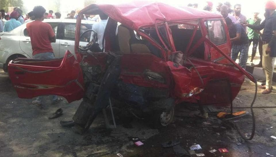 Faridkot,Faridkot accident,Mumbai couple killed in accident