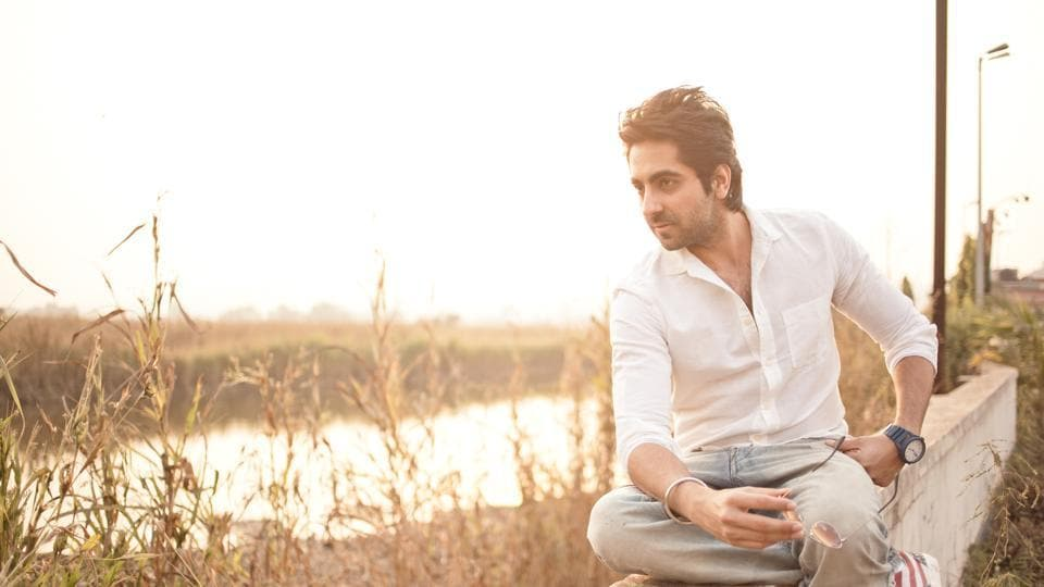 Actor Ayushman Khurana says one must explore the late night eating joints in Delhi.