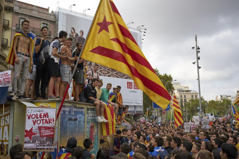 A demonstration led by students in support of the independence referendum for Catalonia in Barcelona on September 28, 2017.