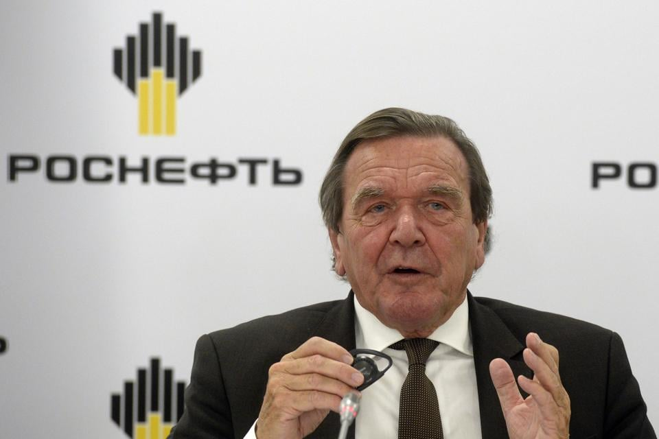 Former German Chancellor Gerhard Schroeder, speaks at a briefing in St Petersburg after being elected chairman of the board of directors of Russia's oil giant Rosneft on September 29, 2017.