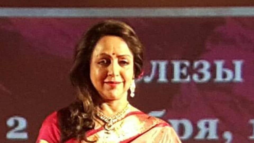 Hema Malini,Russia,Seeta Aur Geeta