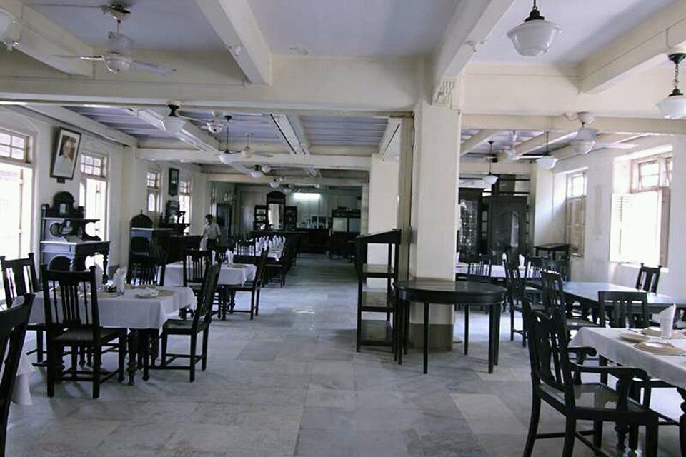 Zoroastrian,Ripon Club,Kala Ghoda