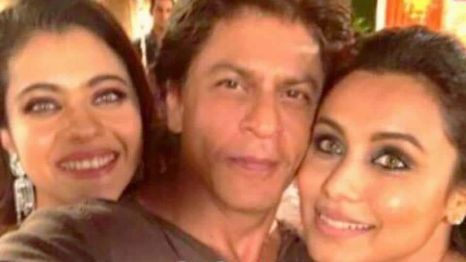 "SRK, Kajol, Rani Mukerji's selfie moment"""
