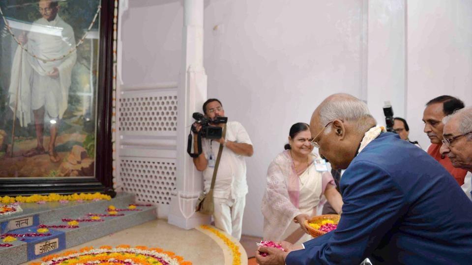 President Ram Nath Kovind paying tribute to Mahatma Gandhi on his birth anniversary, in Porbandar on Monday.