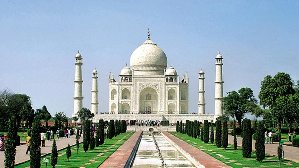 There were reports in a section of the media saying the Taj Mahal has been excluded from the state government's new tourism booklet.