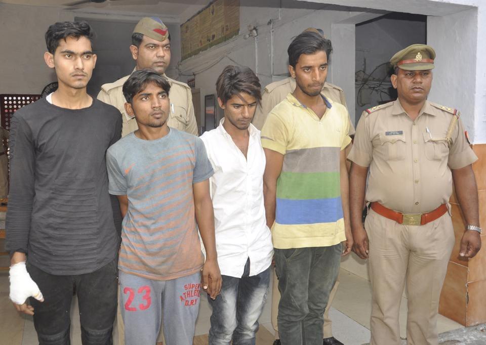 Ghaziabad police,Ghanta Ghar Ramlila Ground,Ghaziabad crime