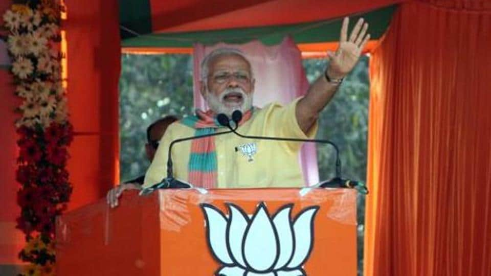 Prime Minister Narendra Modi addresses an election campaign rally at Deoria, Uttar Pradesh on March 1.