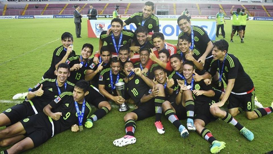 Mexico arrived in Kolkata for the FIFA U-17 World Cup after finishing a training camp in Spain.