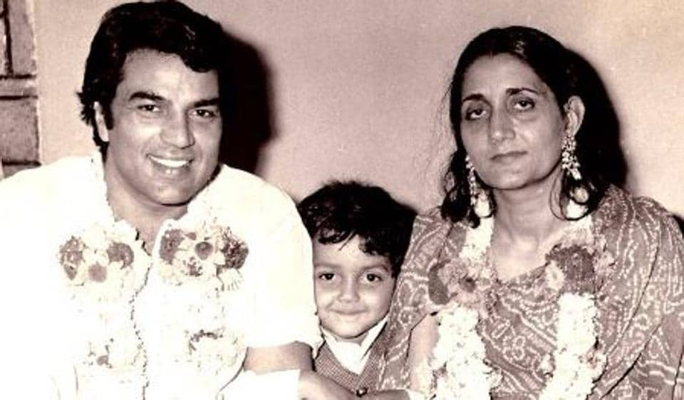 Dharmendra with his first wife Prakash Kaur and son Bobby Deol.