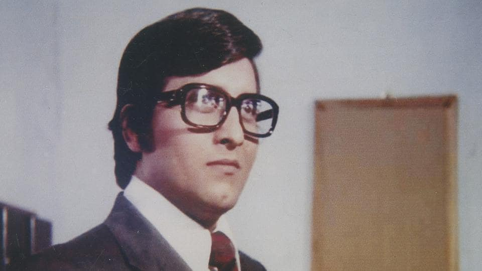 Vinod Khanna was the only actor in the '70 who could take on Amitabh Bachchan at his prime.(HT Photo)