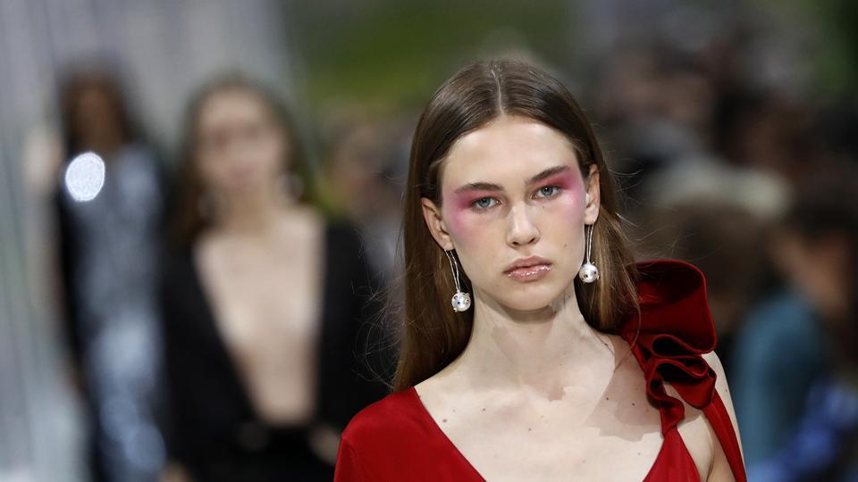 Rosy eye makeup at Valentino.