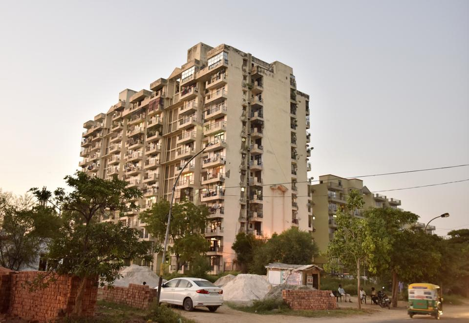 The developer, however, said that it has duly applied for setting up a sub-station and also deposited a bank guarantee of ₹8 crore with Dakshin Haryana Bijli Vitran Nigam (DHBVN).