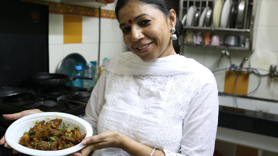 Alka Saxena is famous for making dishes that look like chicken and fish but are vegetarian.