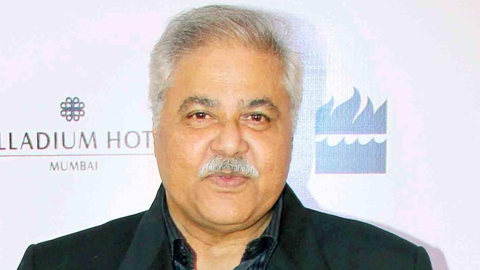 Actor Satish Shah worked with Kundan in the critically-acclaimed film Jaane Bhi Do Yaaro (1983)